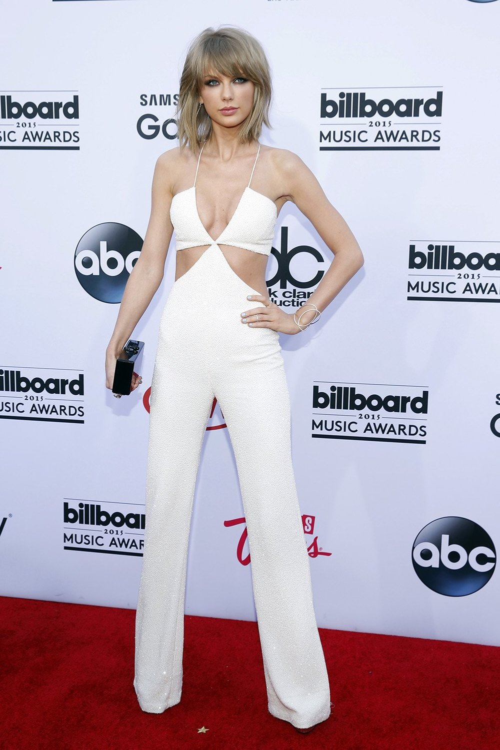 Taylor Swift wearing Balmain jumpsuit at the Billboard Music Awards 2015. Photo source: Getty Images.