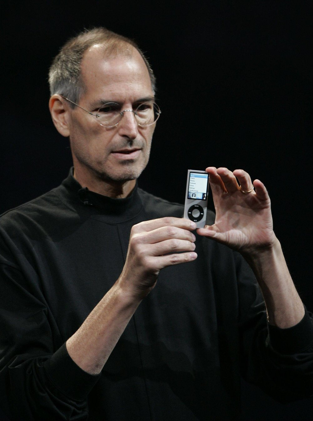 Steve Jobs introduces iPod, Sept 9, 2008. Photo source:  The Red List .