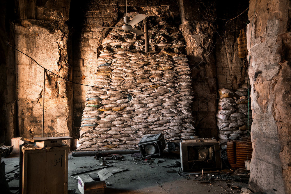 Inside the Great Mosque of Aleppo. Photo by Sebastián Liste  for The New York Times.