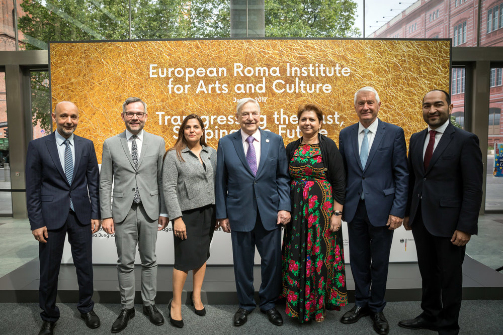 Founders of the European Roma Institute for Arts and Culture during the launching event of the European Roma Institute for Arts and Culture. Berlin, June 8th, 2017. Pictured, from left to right, Nicolae Valeriu; Michael Roth, Minister of State for Europe at the Foreign Ministry of the Federal Republic of Germany; Timea Junghaus, Executive Director of ERIAC; George Soros, chair of the Open Society Foundations; Nicoleta Bitu, Member of the Board of the ERIAC; Thorbjørn Jagland, Secretary General of the Council of Europe and ; Željko Jovanović, chair of the board of ERIAC. © Gordon Welters/Laif for the Open Society Foundations.