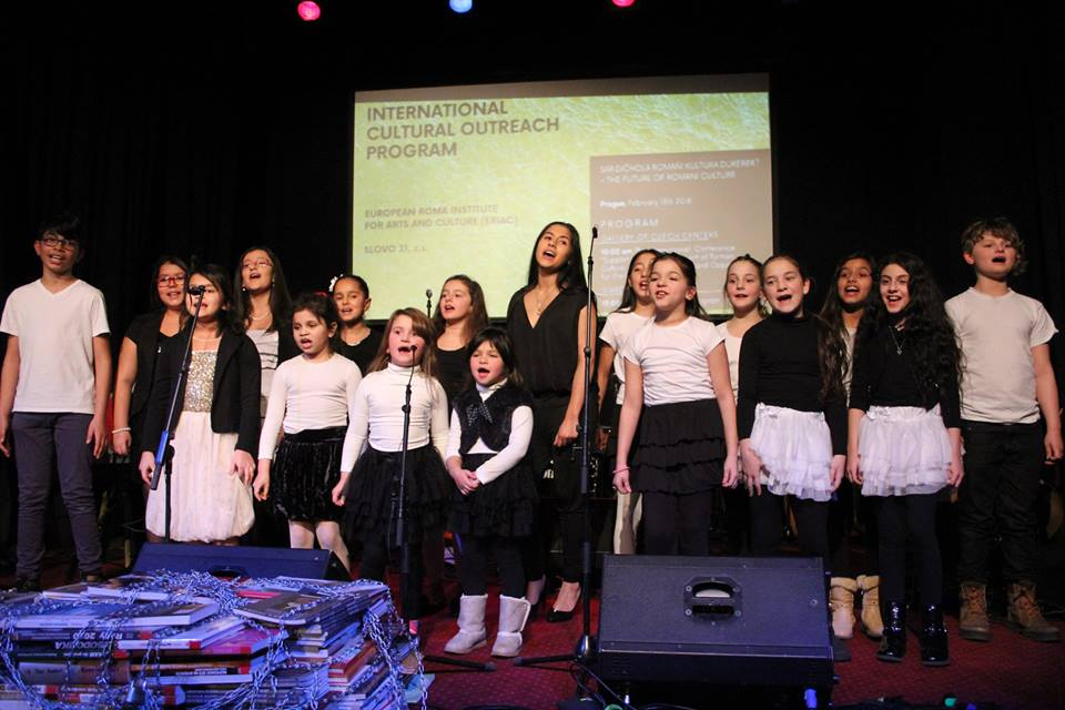 "Concert of Children's Choir of Pavlina Matová and Marta Balázová during ERIAC International Cultural Outreach Program event in Prague ""Sar dičhola romaňi kultura dureder"" – The Future of Romani Culture"". Divadlo Korunni, February 13th 2018. © Nihad Nino Pušija/ ERIAC."