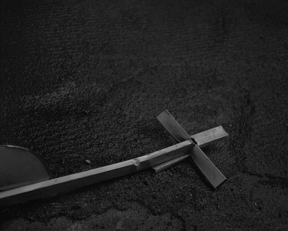 Cross, 2015