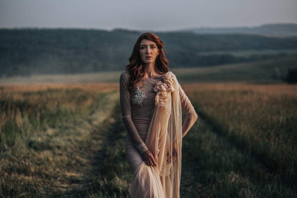 CalgaryWeddingPhotographer-SueMoodiePhotography-EloiseYaskiw-NRTFashions-PinkDress-27.jpg