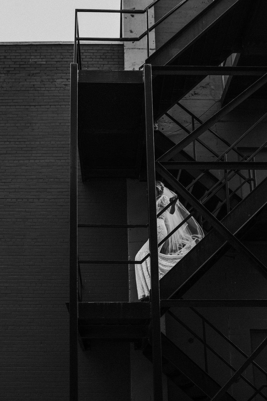 CalgaryWeddingPhotographer-SueMoodiePhotography-NRTFashions-Urban-13.jpg