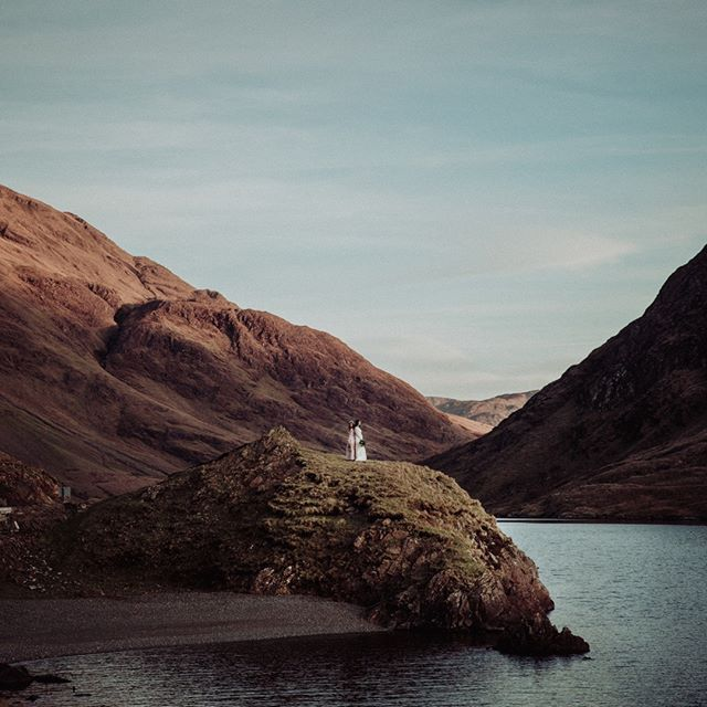 Still one of my favourite images... I love finding couples who truelly care about creating visual poetry so that I can take them to these amazing locations. I always thought if I could do my own wedding over I would elope to here... the Irish mountains. Stand there with my own wonderful husband and speak to him in a intimacy in nature that truely reflects how I feel... . . . . . . #dirtybootsandmessyhair #risingtidesociety #100layercake #twobrightlights #loveintentionally #liveauthentic #loveauthentic #getoutstayout #authenticlovemag #theknot #radstorytellers #elopementphotographer #lgbtfriendly #portraitcollective #irelandweddingphotographer #letsgetlost #destinationphotographer #ireland