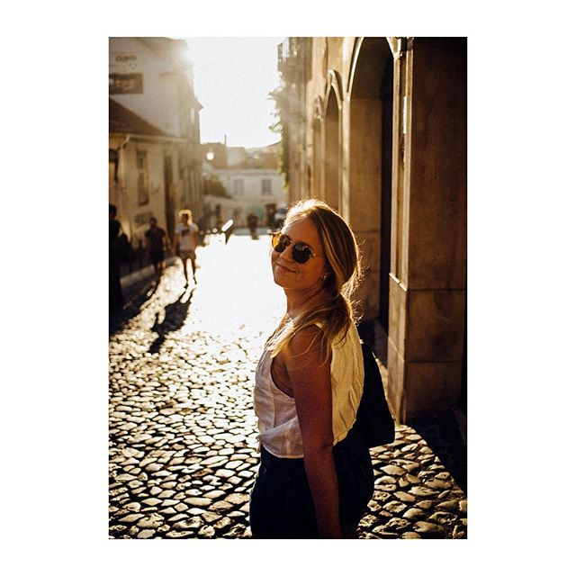 Let's go back to Portugal @ghuzzi11 . . . #lisbon #alfama #portugal #babe