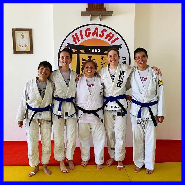 #faixaazul 💙 Obrigada Sensei @engbiafelix & everyone who has trained with me, taught me, and helped me along the way 🙏🏼 A piece of cloth doesn't mean much to most people, but those who know, know. . #bjjgirls #jiujitsugirls #jiujitsuparamulheres #braziltrip #bjjtrip #bluebelt