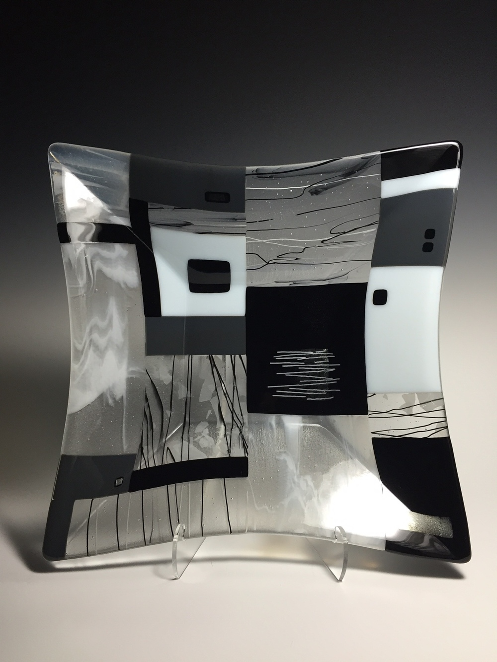 "Black & White Geometric<a href=>→</a><strong>17"" x 17"" x 3"" Bowl $475</strong>"
