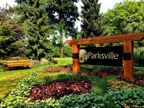 parksville-bc-attractions.jpg