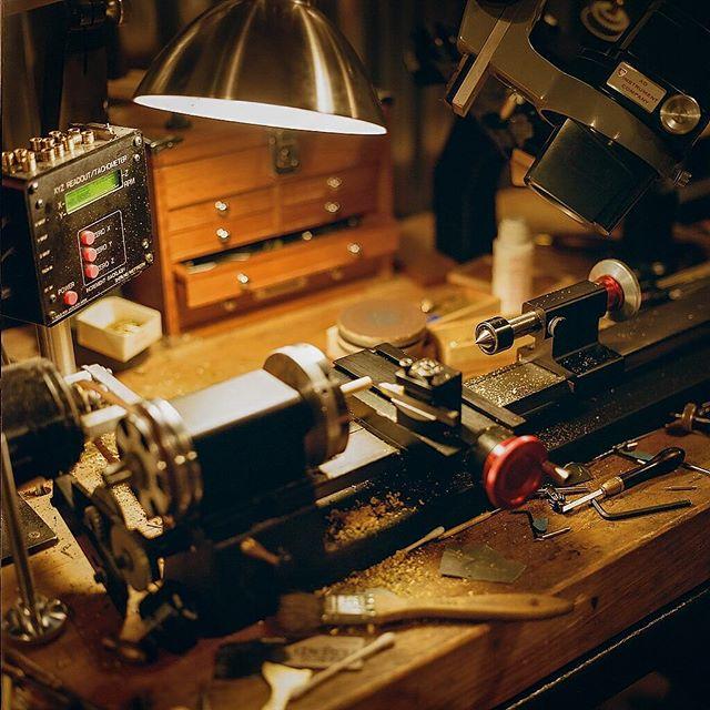 ➖@marcoterenzi ➖ Shot with #hasselblad500cm using #Kodak #porta400 !  #craftsman #lathe #sherline #machist #miniatures #filmphotography #filmphotographic #keepfilmalive #brother #gobrokeshootfilm