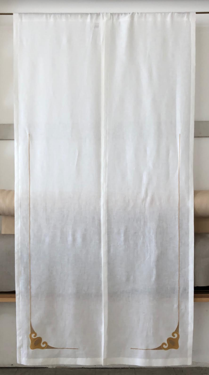 Curtain with wave border