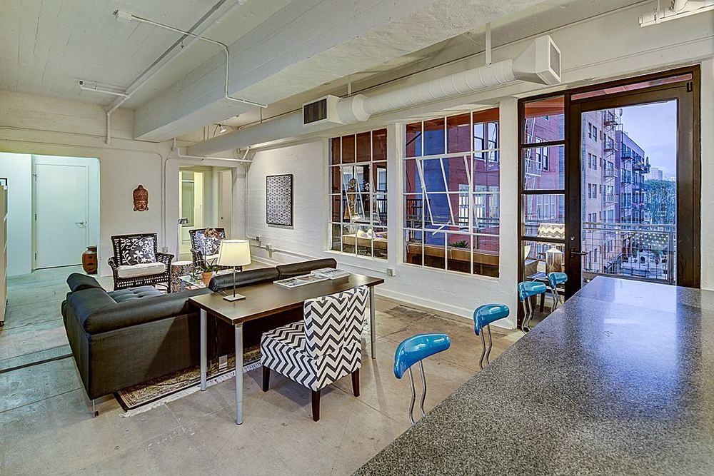 Breakfast Bar to Living Room & Terrace