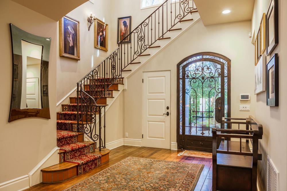 09 Classic Montecito Spanish-large-009-Entryway-1500x1000-72dpi_1.jpg