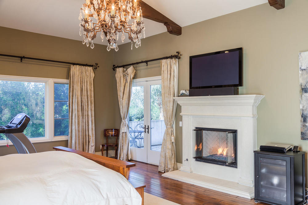 21 Classic Montecito Spanish-large-021-Master Bedroom-1500x1000-72dpi.jpg