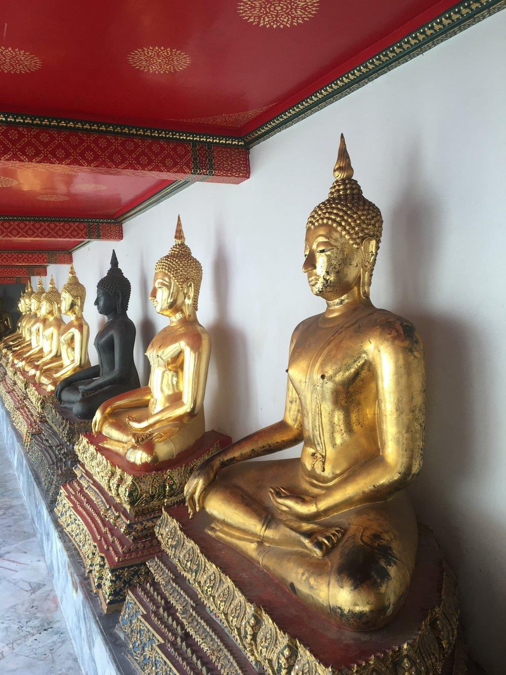 Buddha, Buddha, Buddha, Buddha, Buddha everywhere