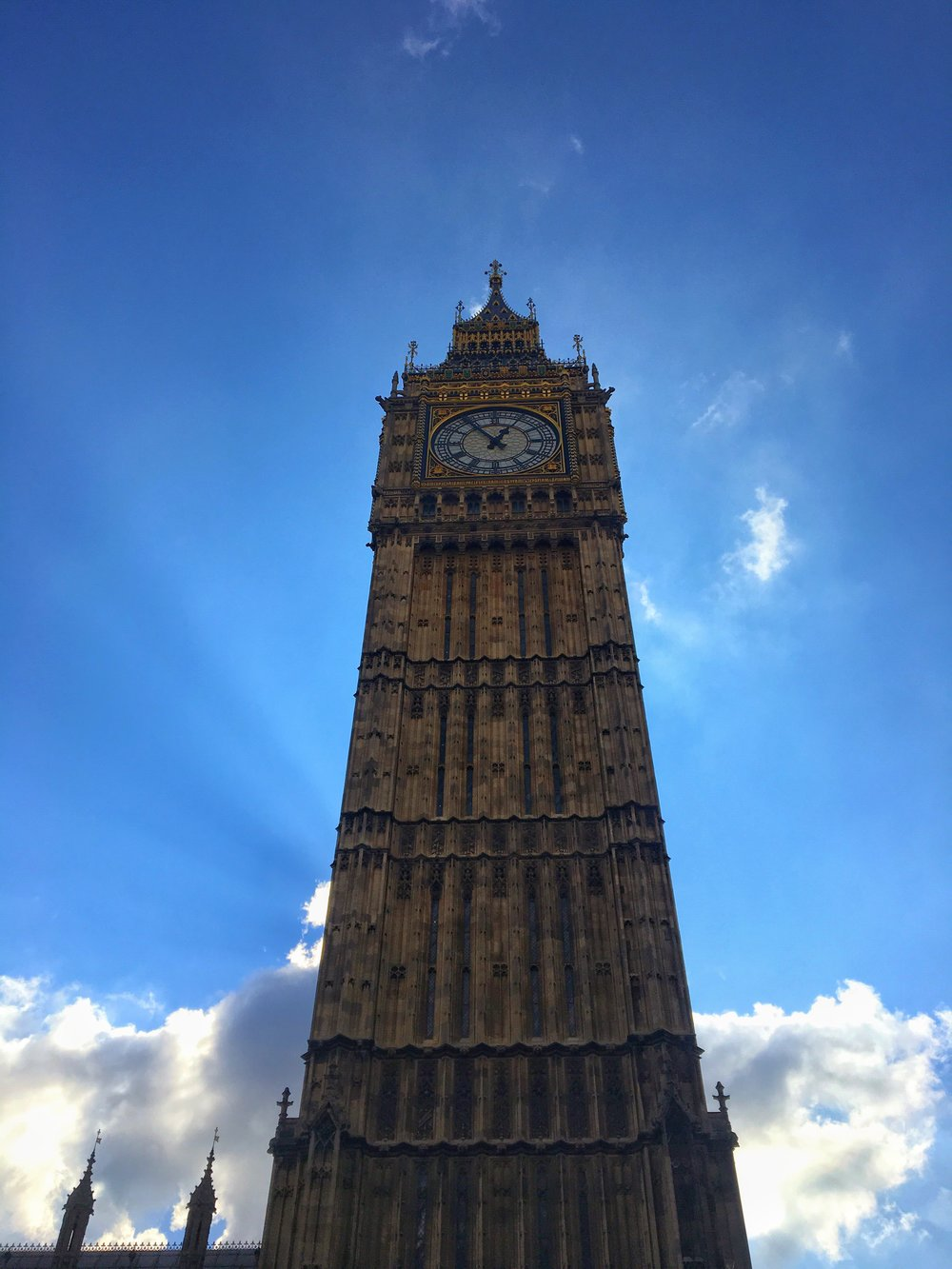Big Ben - No Italian leather here