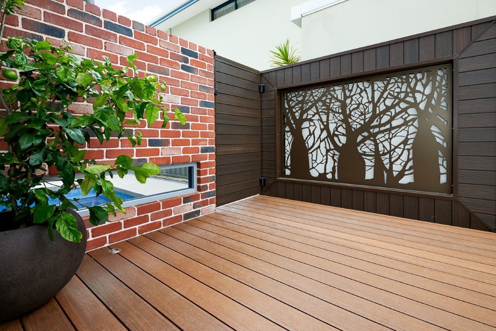 UltraShield Decking and Cladding (Medium).jpg