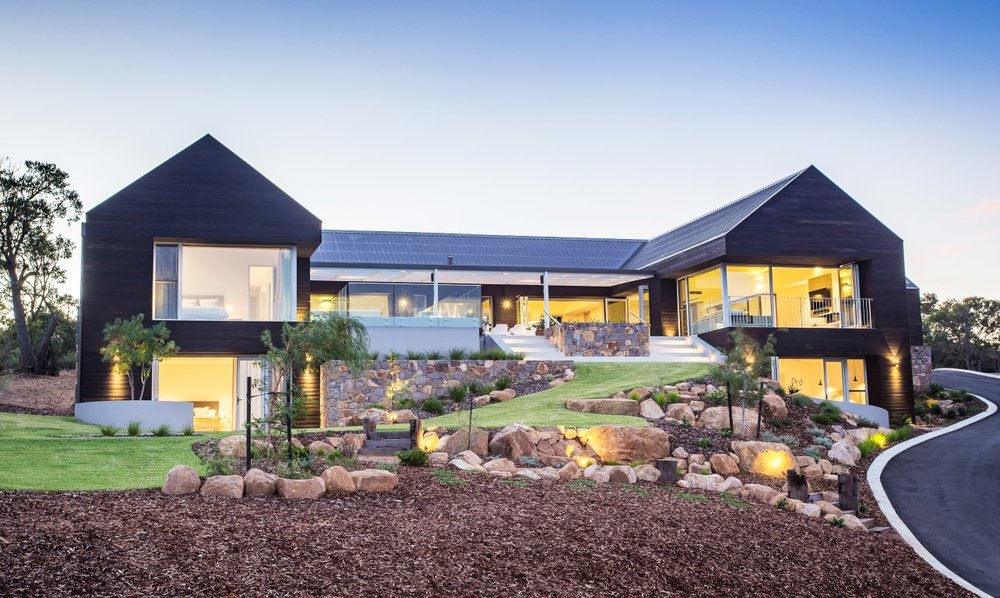 Spotted Gum Cladding - Eagle Bay Residence