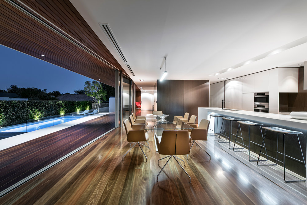 spotted gum decking and flooring dalkeith house.jpg