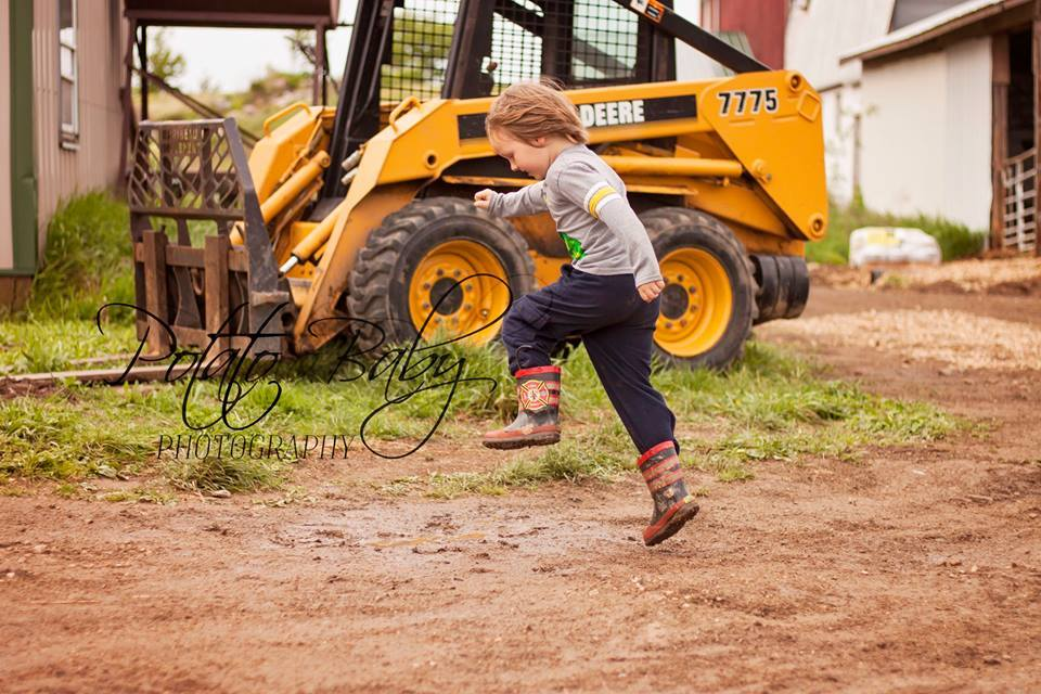 mud puddle jumping!  Thanks for the photos, Potato Baby!