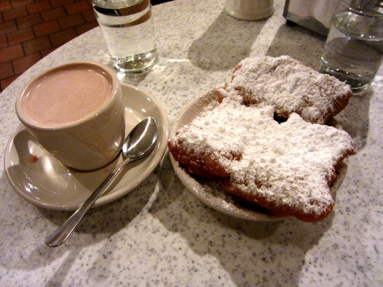 Cafe Du Monde, New Orleans     www.cafedumonde.com    Beignets