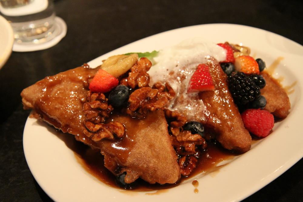 TEMPURA FRENCH TOASTfresh berries, whipped cream, brown sugar glazed bananas