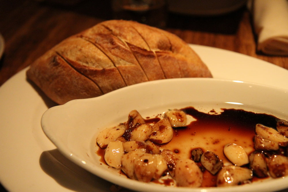 Roasted Garlic & Balsamic with baguette