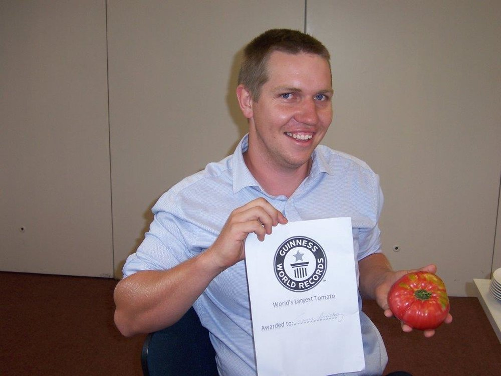 Tom & the winning tomato.jpg