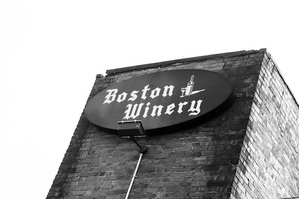 bostonwinery-sign.jpg
