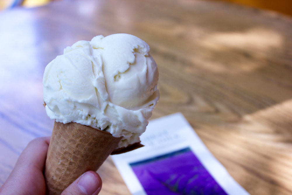 Lavender ice cream 2.jpg