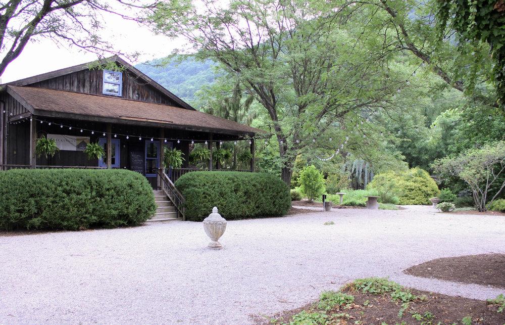 entrance 2-4436.jpg