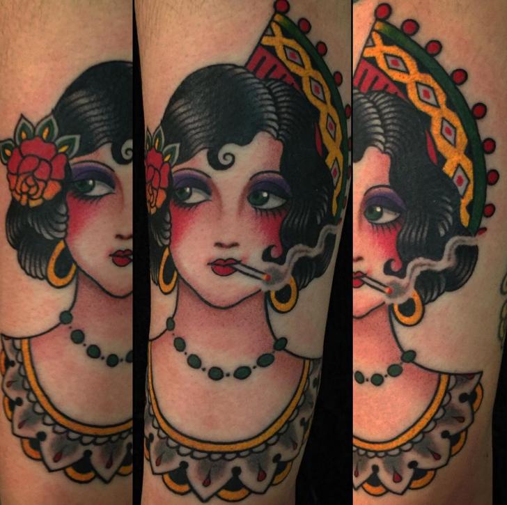 steve_delgado_senorita_traditional_tattoo_losangeles.jpg