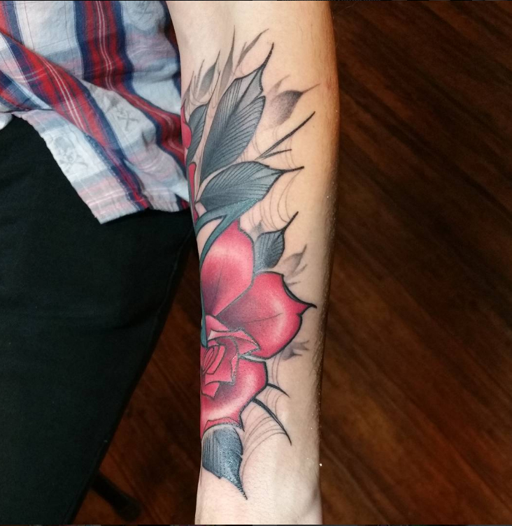 alayna_magnan_roses_redrose_spiderwebs_forearm_tattoo_losangeles.jpg