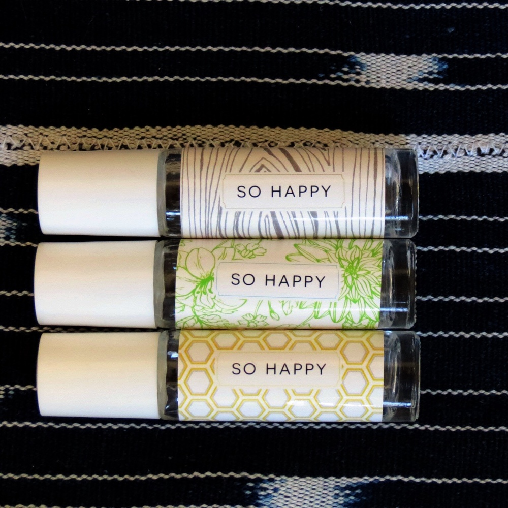 "What's your go to ""happy"" oils? We're sharing some of our favorites below!   5 Drops Lavender + 5 Drops Bergamot + 5 Drops Orange, Fill with Carrier oil   5 Drops Frankincense + 5 Drops Tangerine + 3 Drops Geranium, Fill with Carrier Oil  Try your own combo of the following oils to make your own perfect ""So Happy"" blend or dilute your favorite perfume blend: Vetiver, Lavender, Orange, Tangerine, Bergamot, Melissa, Jasmine, Geranium, Frankincense, Ylang Ylang (These suggestions and more can be found in ""Essential Oils Desk Reference"" and ""The Essential Life."" )  Grab a pre-assembled roller kit or roller bottle label sheet in our  shop !"