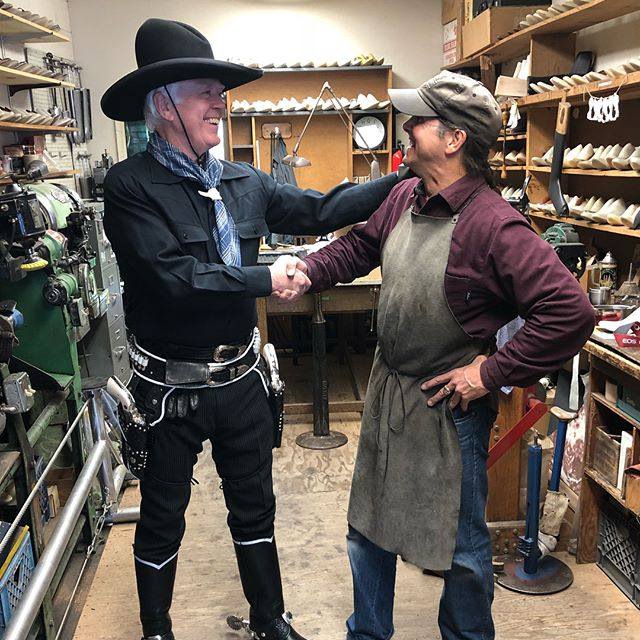 John is all smiles with his new pair of boots. For 12 years he has been dreaming of wearing his own custom pair of hand crafted boots replicating that which HopAlong Cassidy famously wore. I crafted a strap to attach his spurs as well. #westernboots #michaelanthonyboots  #downtownsebastopol  #sonomacounty  #custommadeboots  #hopalongcassidy