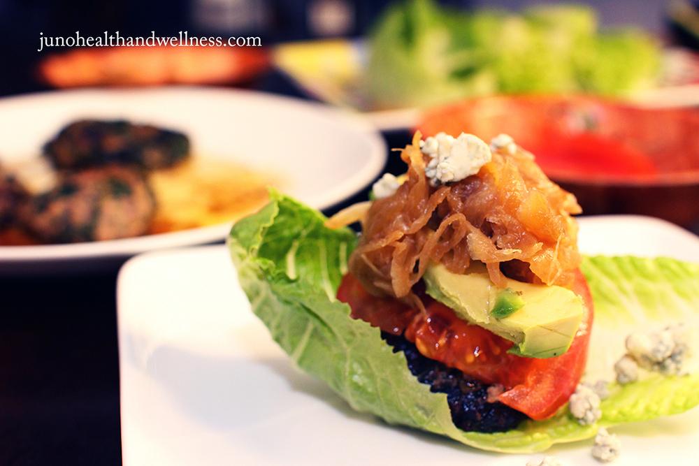 Sliders (hamburguesas) de kale, espinaca y carne de res