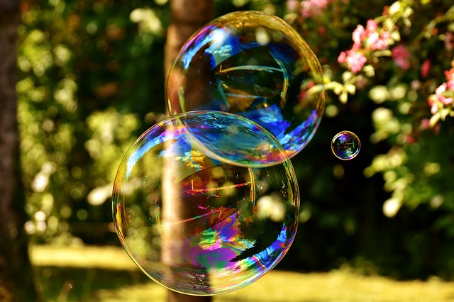 soap-bubble-2403673_640.jpg