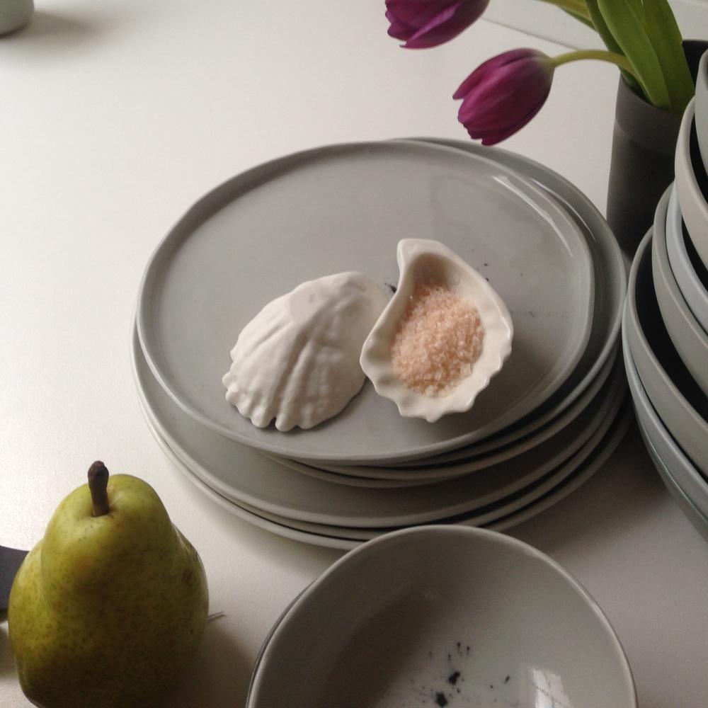 Porcelain dusk plates bounty shells