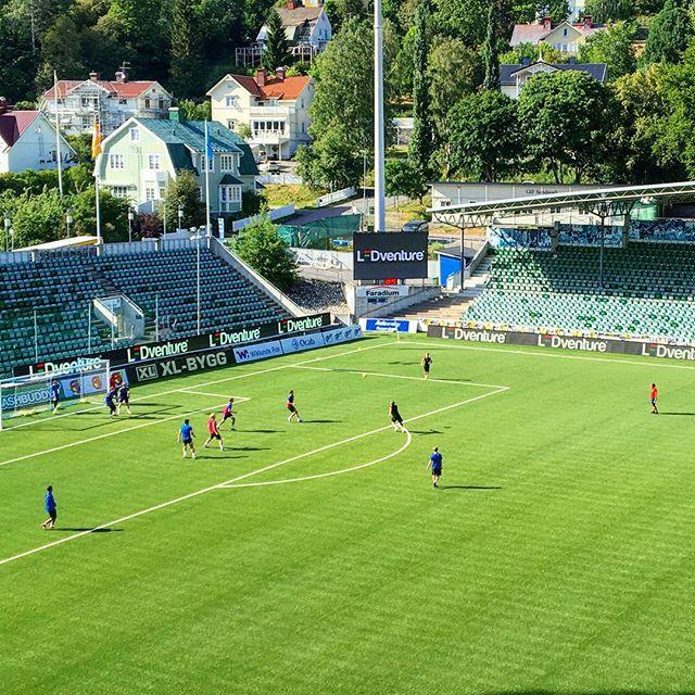 @gifsundsvall är redo för @allsvenskans omstart!  #fotboll #nöjdkund #perimeter #storbildsskärm #ledscreen #ledskärm