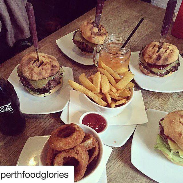 #Repost @perthfoodglories 😁 ・・・ Jus Burgers-Leederville 🍔#perth #perthisok #jusburgers #perthfoodie #perthcafes #perthbites #perthlife #food #perthgram #perthblog #leederville #perthfoodglories #petheats #foodlover