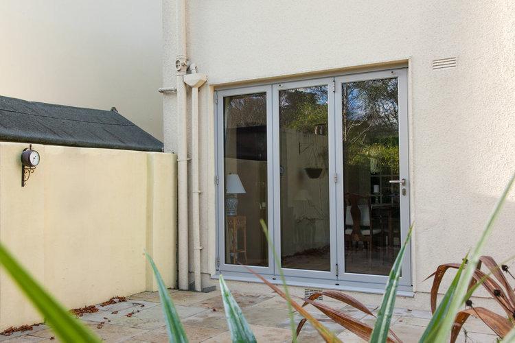 sliding-doors-6.jpeg