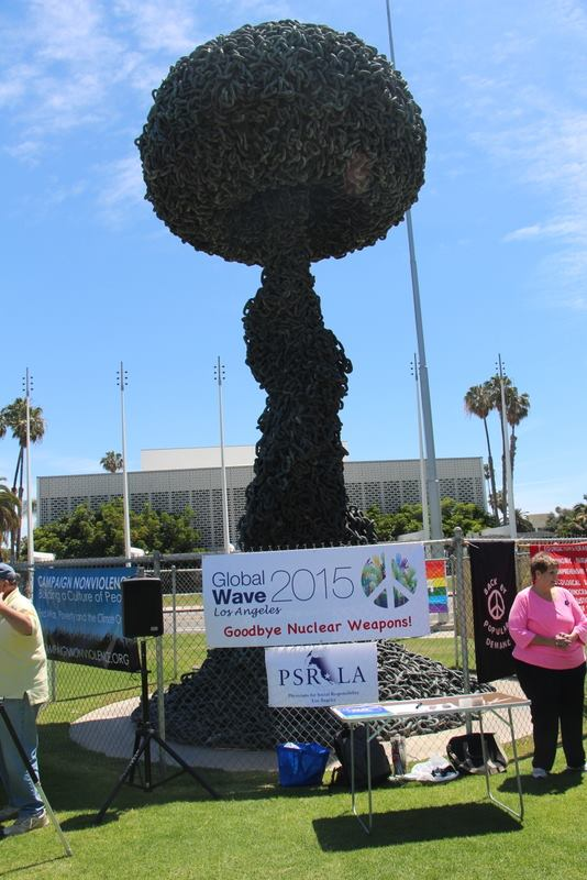 PSR-LA joined the global wave goodbye to nuclear weapons today from Chain Reaction in Santa Monica. Ours was one of over 80 events in 50 countries proceeding ti  me by time zone leading up to the NPT review conference in New York where advocates will push for a nuclear weapons ban treaty. It can be done!