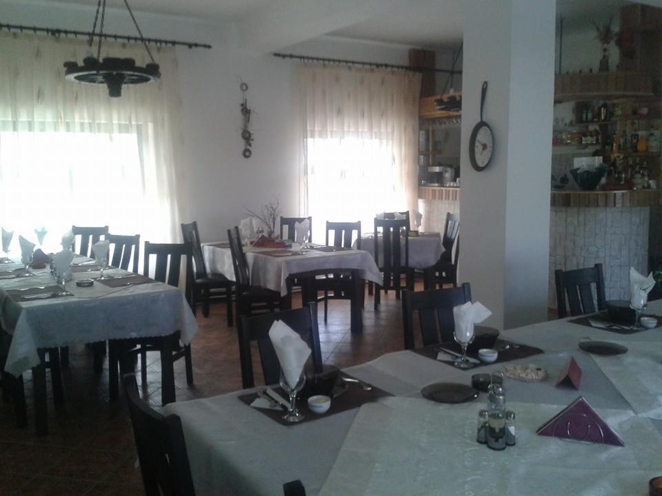Restaurant/bufet - Pensiunea Delta Paradis