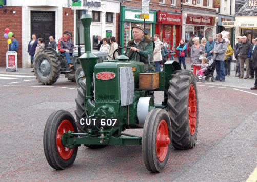 A tractor ride from Charter Day 2014. Image from  Retford Today .