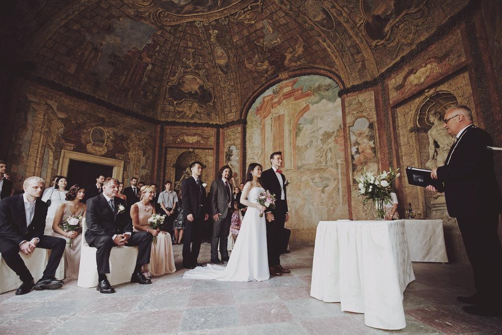 Prague_HongKong_wedding (15).jpg