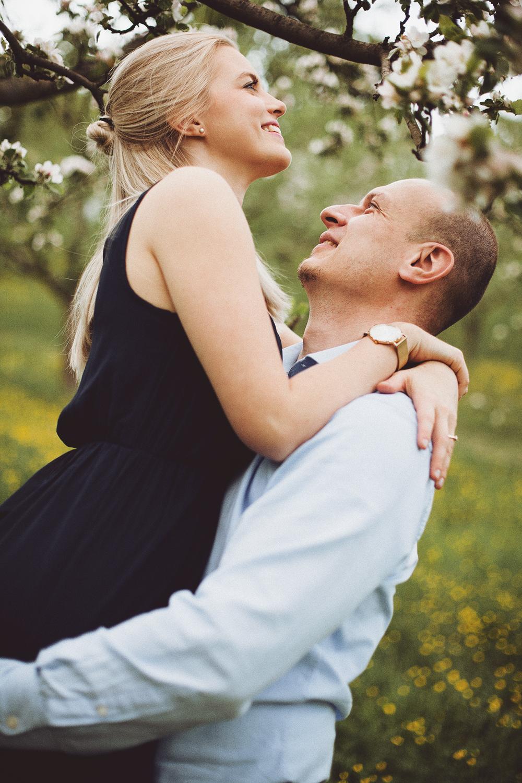 Spring Engagement Shoot (7).jpg