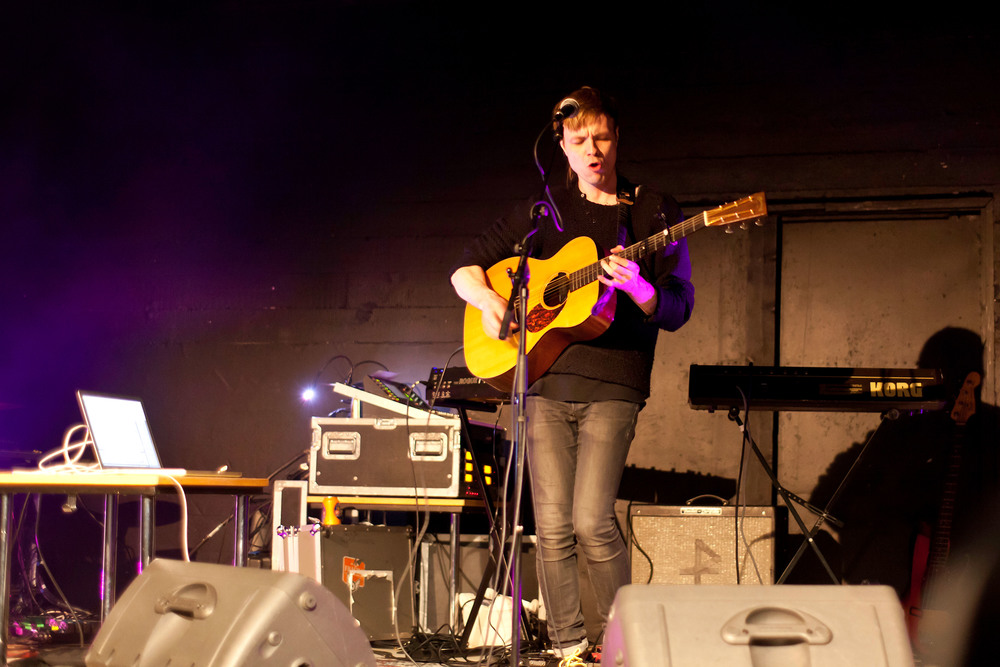 Pétur Ben in live concert at The Freezer Hostel in Iceland