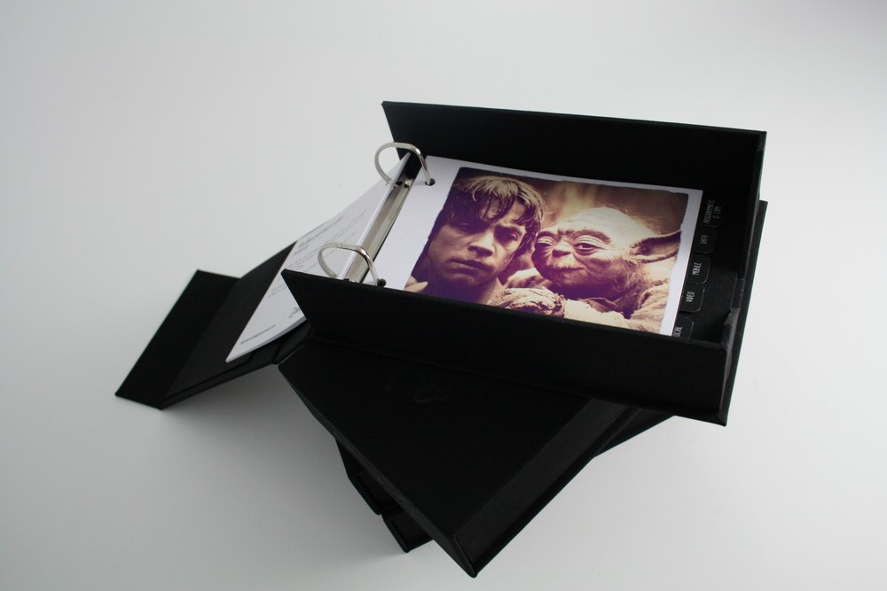 Photo PORTFOLIO Presentation Box (Large).JPG