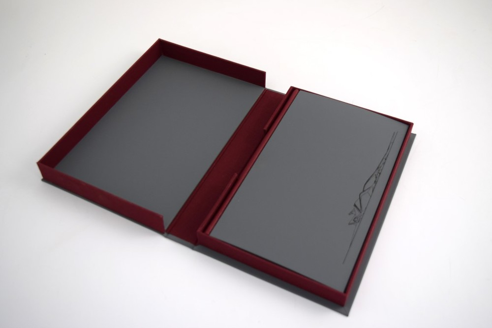 Presentation Box Clamshell Style