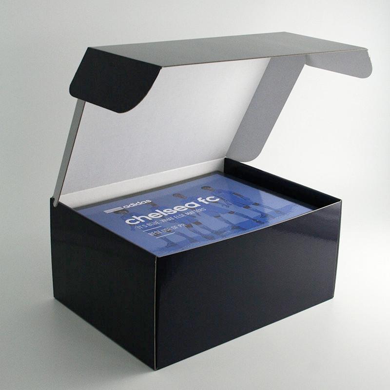 Amazon Boxes - Chelsea FC